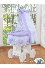 Cuna moisés bebé de mimbre Corazones - Violeta-Blanco